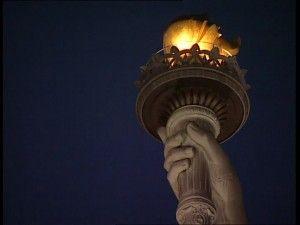 197241205-isla-de-la-libertad-auguste-bartholdi-estatua-de-la-libertad-antorcha