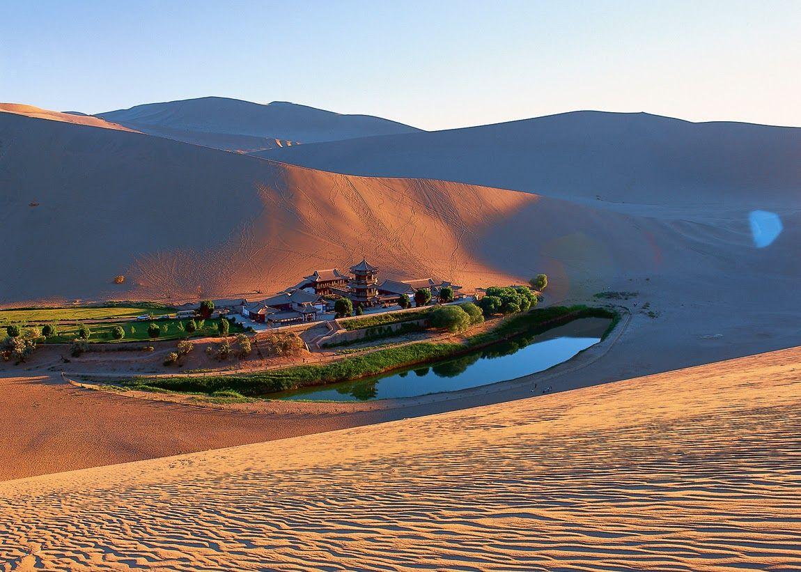 el-lago-crescent-desierto-de-gobi