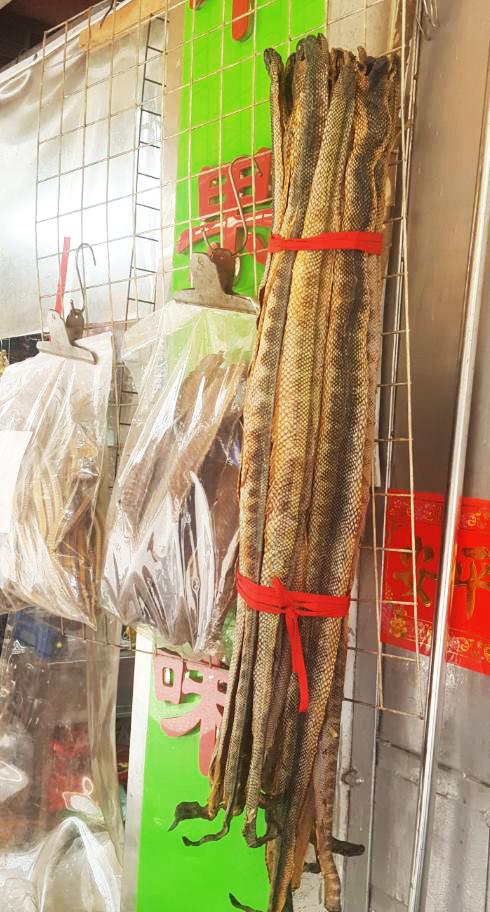 Sí, las serpientes también se comen en China